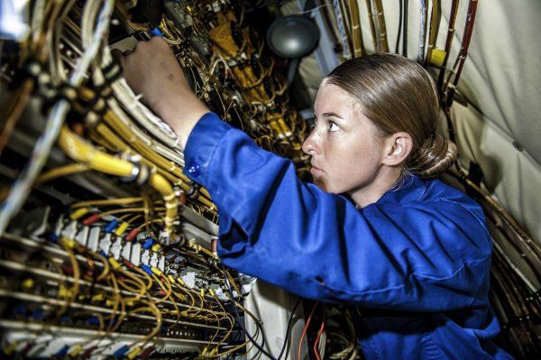 elektrik elektronik mühendisliği nedir teknotower